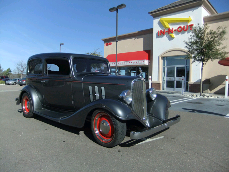 Dewey Smith's 1933 Chevy 2dr Sedan
