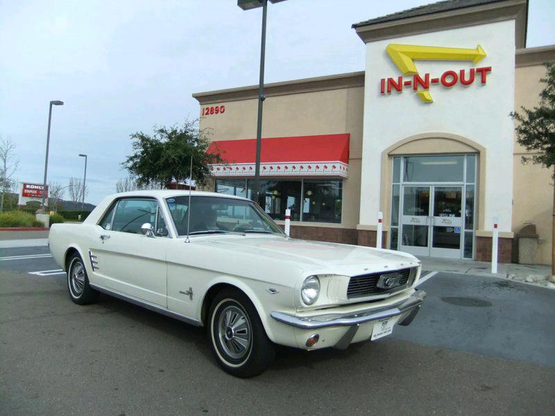Dick Pinta's 1966 Ford Mustang