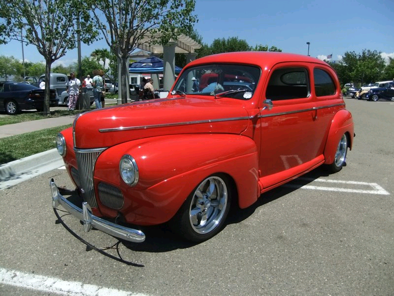 Member s classic poway cruisers car club for 1941 ford 4 door